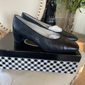 Vintage Delman Black Caviar Calf Heel